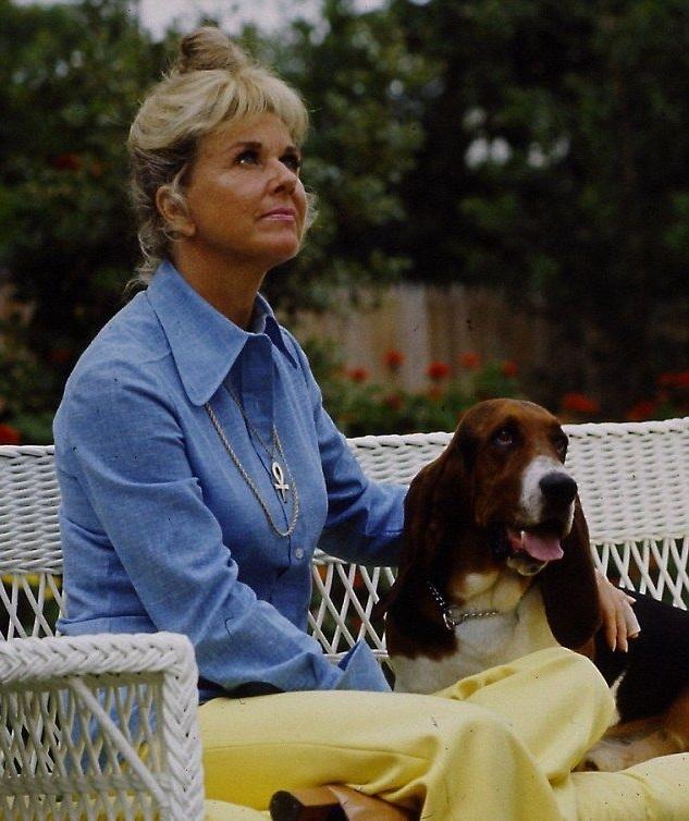 Doris Day with basset hound