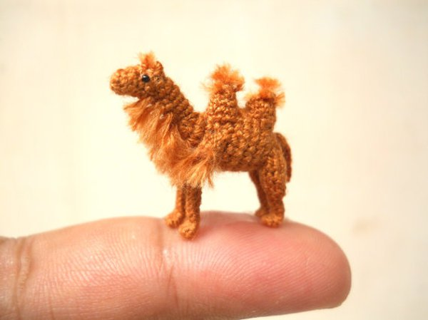 These Miniature Crochet Animals Are So Tiny They Will Sit