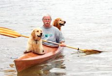 Man Builds Special Kayak So He Can Enjoy His Favorite Hobby With His Dogs